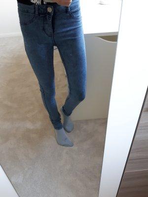 Blaue Jeans/Jeggins von C&A in Größe 32/XS