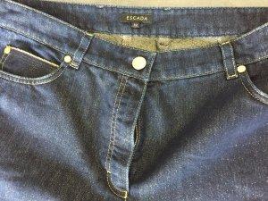 Blaue Jeans mit Goldpartikel