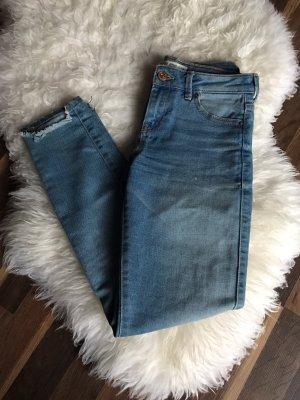 Blaue Jeans von Bershka