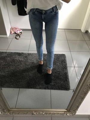 Jeans taille basse gris ardoise-blanc