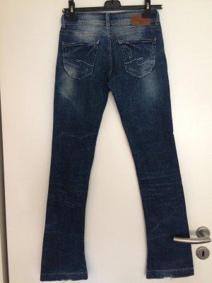 Blaue Jeans von Cross mit Verwaschungen vorne
