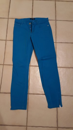 Blaue Jeans von More&More