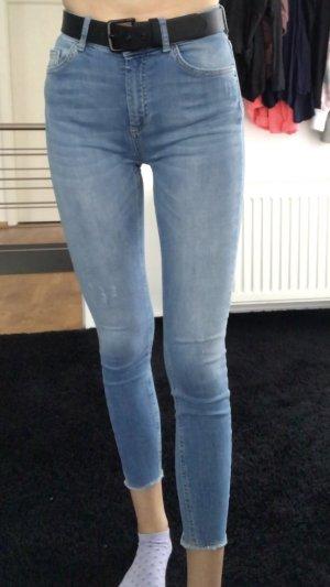 Blaue Jeans von Only in M