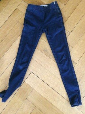 Blaue Jeggins mit seitlichen Reißverschluss