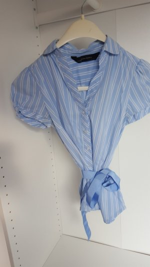 Blaue Kurzarmbluse von Zara