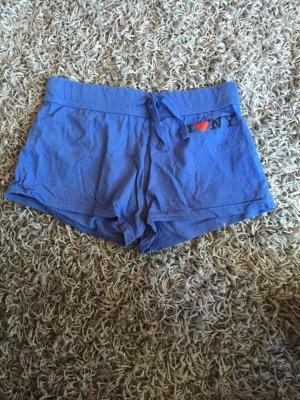 Blaue kurze Shorts :)