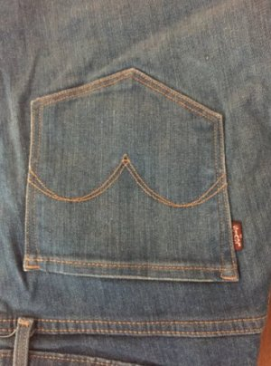 blaue Levi's Jeans