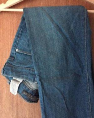 blaue Levis Jeans, Größe 36