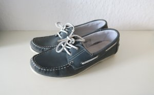 blaue Loafer Slipper Bootsschuhe im maritimen Stil