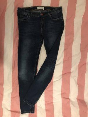Blaue Mango Jeans mit Waschung