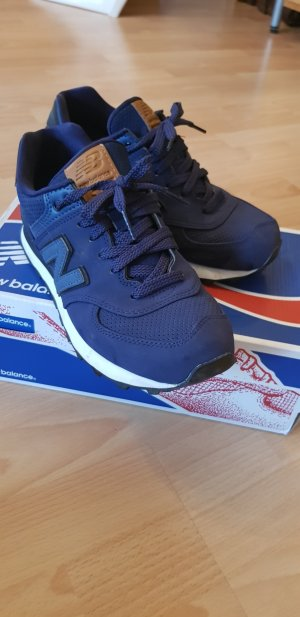 Blaue NEW BALANCE in 38