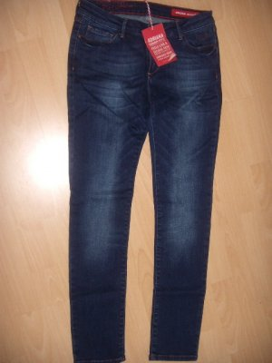 Blaue Skinny Jeans 28/32 / NEU / Cross Jeans Adriana