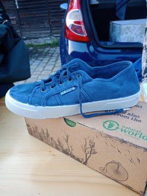 Blaue Sneaker / Natural World eco friendly / Neu!