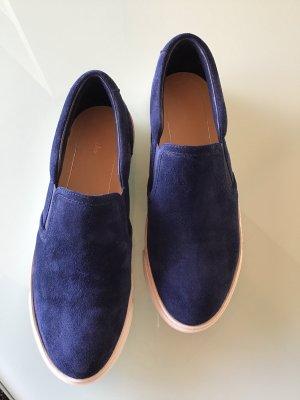 Blaue Sneaker von Clarks