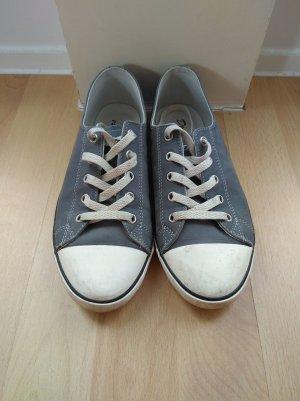 Blaue Sneaker von Dockers