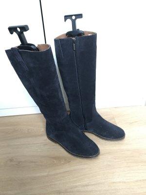 Blaue Stiefel aus Wildleder