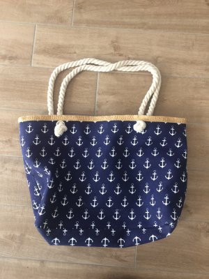 Blaue Strandtasche mit Ankern