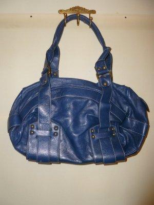 Blaue Tasche aus Kunstleder