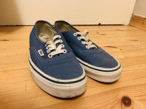 Blaue Vans
