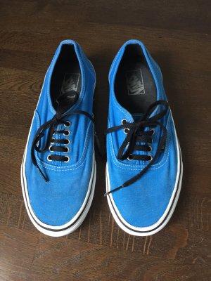 Blaue Vans ...,jetzt ist die richtige Zeit dafür...