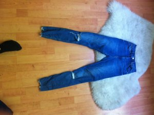 Blaue zerrissene Jeans Highwaist