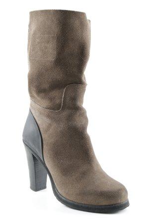 Blauer Heel Boots brown-black casual look