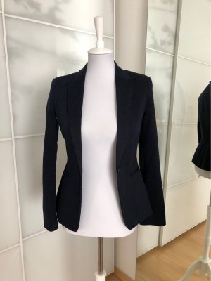Blauer Blazer von Zara