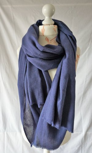 H&M Knitted Scarf dark blue-blue