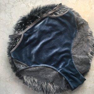 Blauer High Waist Slip aus Samt und Spitze von Pamela_Rf Hunkemöller