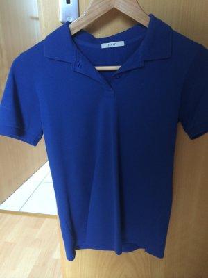 Blauer klassischer Poloshirt