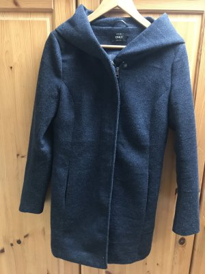 Only Cappotto con cappuccio blu scuro