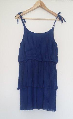 Blauer Mini-Hängerchen-Kleid