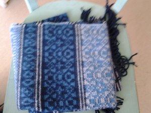 Blauer Schal von Urban Outfitters