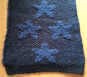 Blauer Strickschal mit Sternen von Barts für den Winter