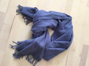 Blauer Wollschal von COS