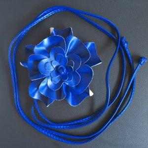 Cintura in ecopelle blu