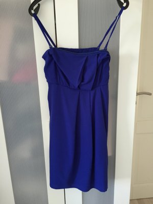 Blaues Abendkleid mit Trägern