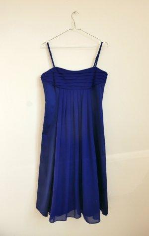 Blaues Abendkleid von HALLHUBER mit geraffter Front – wie neu!