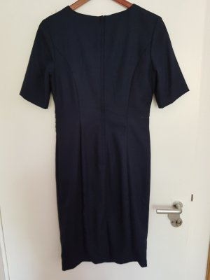 Blaues Businesskleid