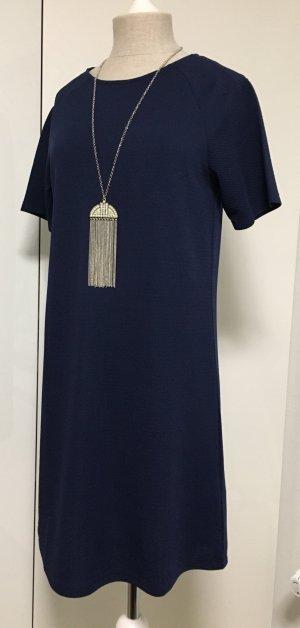Blaues elegantes Kleid