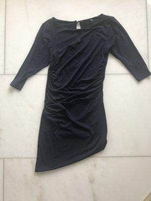 Blaues Glitzer Kleid