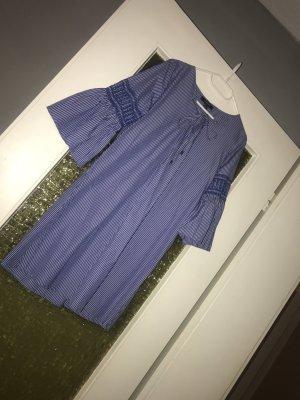 Blaues Jeans Kleid