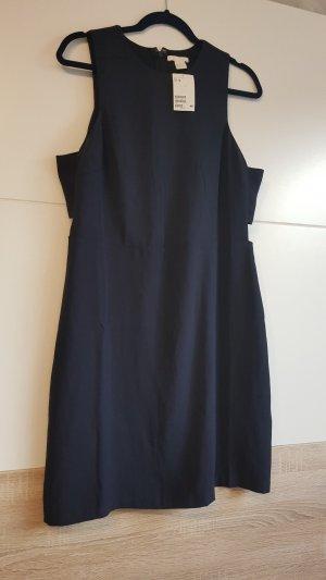 blaues Kleid.