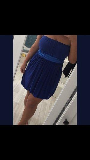 vestido de globo azul