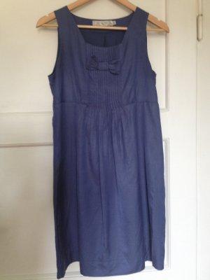 Blaues Kleid aus mattem Satin von NICE THINGS by Paloma S.