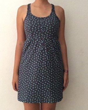 Blaues Kleid mit Print