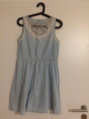 Blaues Kleid mit Spitze Gr. S/M von H&M