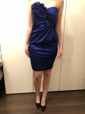 Blaues Kleid vom P&C