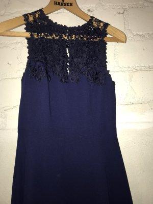 Blaues Kleid von Warehouse mit Spitze