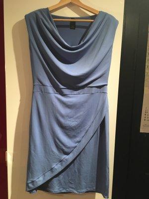 BC Vestido azul aciano